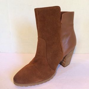 New Tahari Glenn Leather Ankle Boots